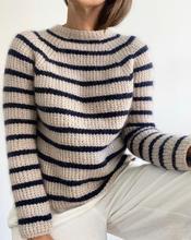 Sweater No 12